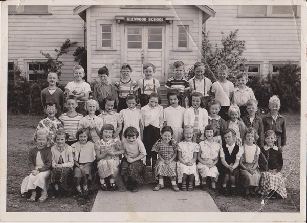 Grade 2 at Glenwood 001